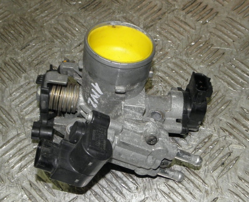 Блок дроссельной заслонки Toyota 1NZFE