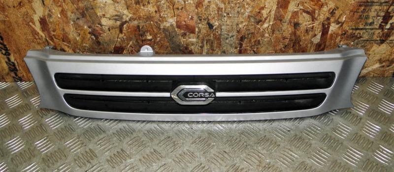 Решетка радиатора Toyota Corsa EL51 4EFE 1995