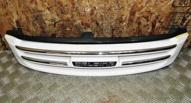 Решетка радиатора Toyota Caldina ST215 3SFE 2000