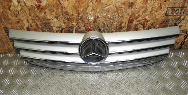 Решетка радиатора Mercedes-Benz A-Class W169 M266.940