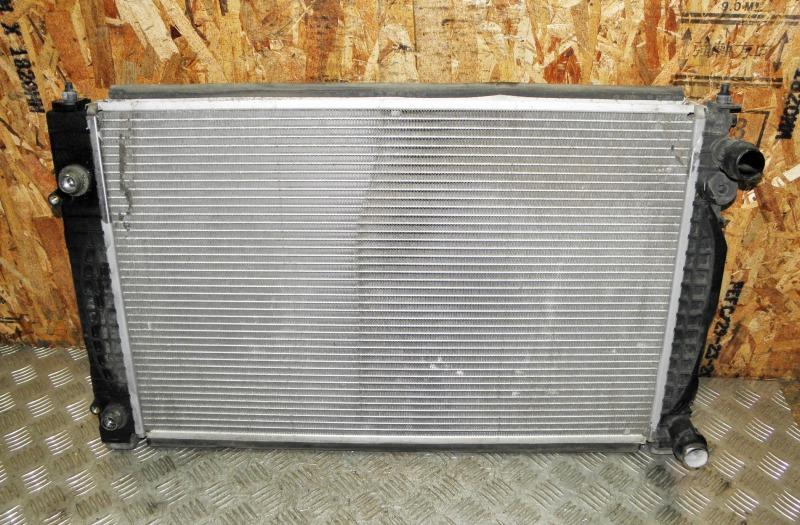 Радиатор двс Volkswagen Passat B5 AZM