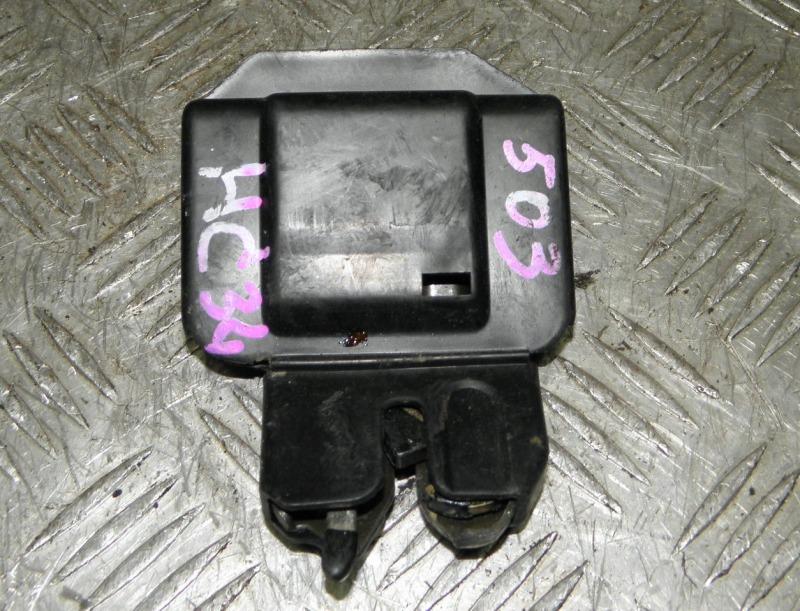 Замок крышки багажника Nissan Laurel C34 RB20E 1994