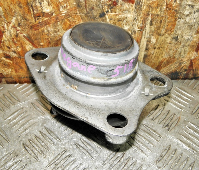 Подушка двигателя Renault Megane BA K4M 2001 правая