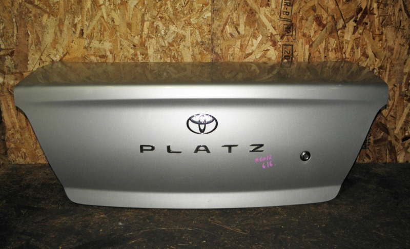 Крышка багажника Toyota Platz NCP12 1NZFE 2001