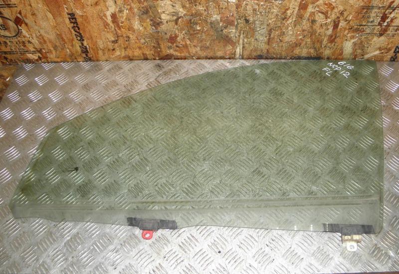 Стекло двери Toyota Platz NCP12 1NZFE 2001 переднее левое
