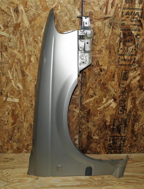 Крыло Nissan Sunny FB15 QG15DE 2000 переднее правое