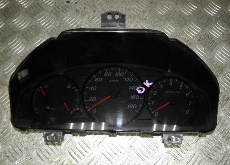 Щиток приборов Mazda Mpv LW5W GY 2001