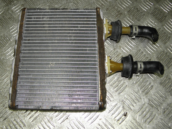Радиатор печки Nissan Bluebird Sylphy FG10 QG15DE 2001