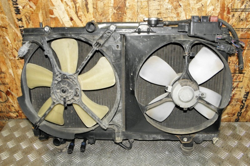 Радиатор двс Toyota Corona Premio AT210 4AFE 1997