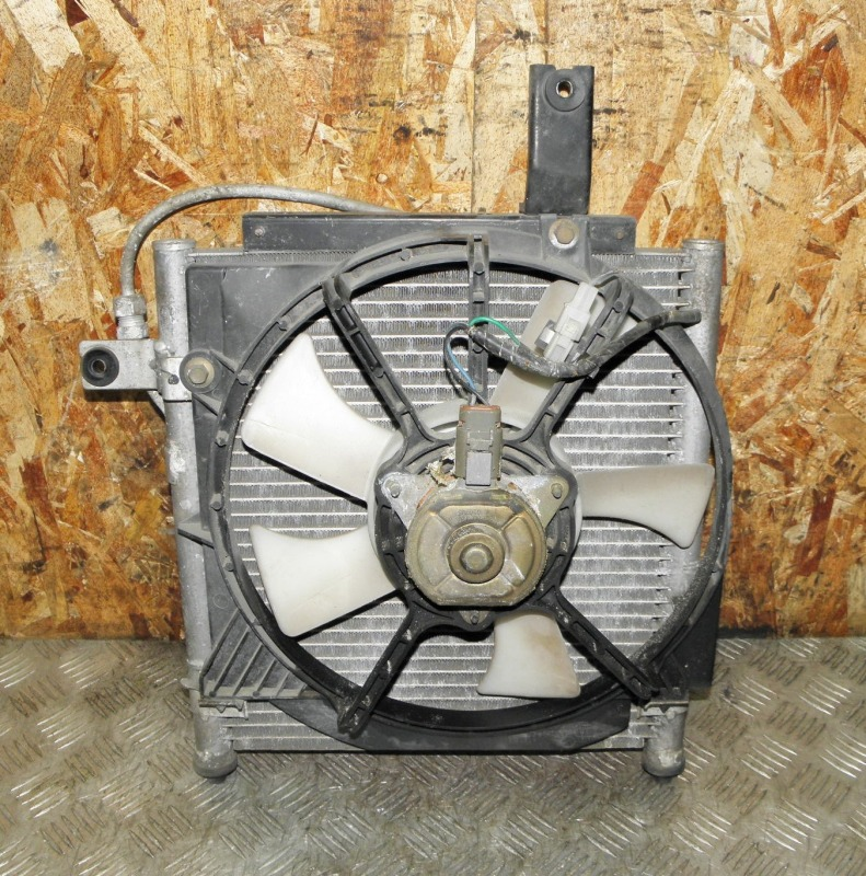 Радиатор кондиционера Mazda Demio DW3W B3 2001