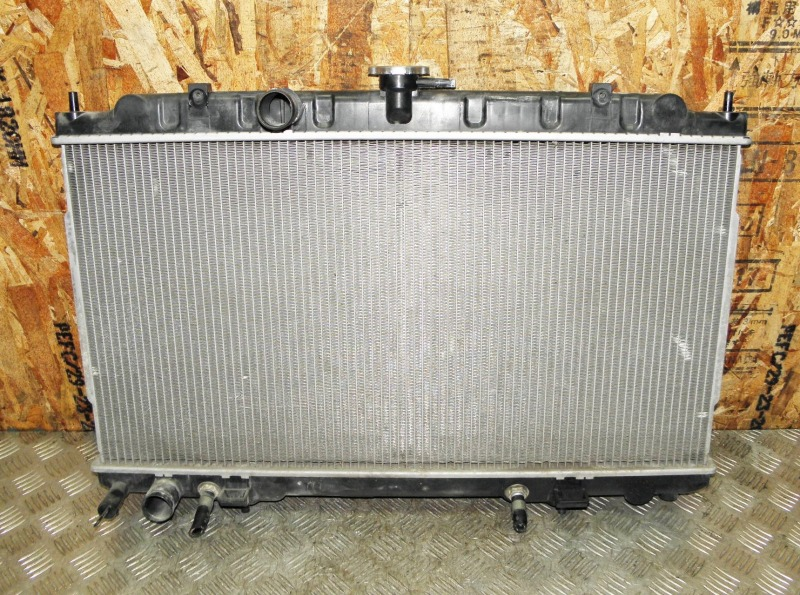 Радиатор двс Nissan Primera TP12 QR20DE 2001