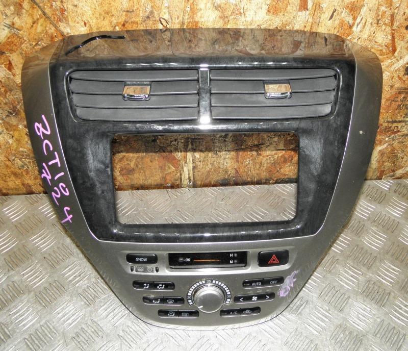Блок управления климат-контролем Toyota Opa ZCT10 1ZZFE 2003