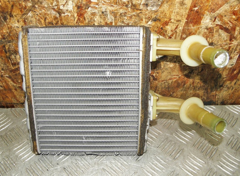 Радиатор печки Nissan Cefiro Wagon WA32 VQ20DE 1997