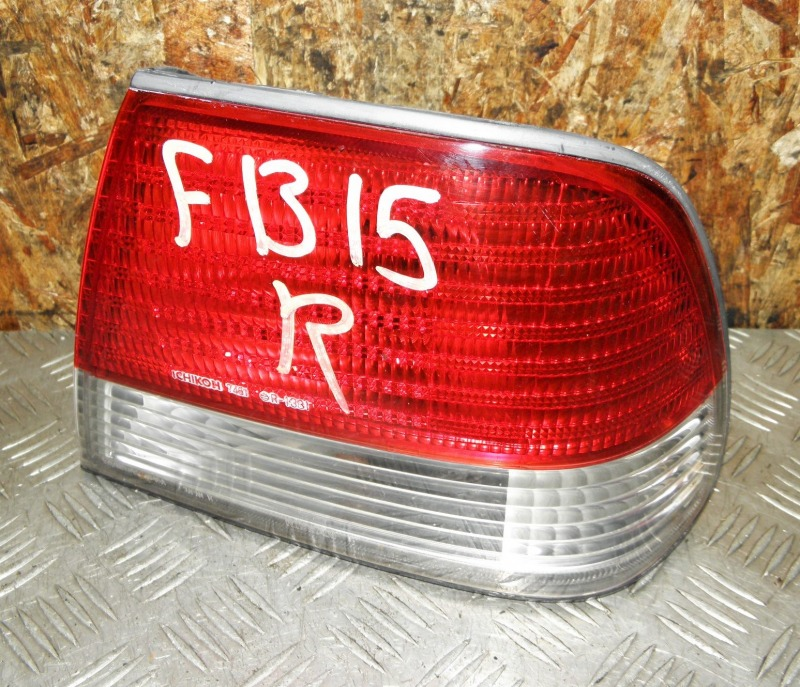 Стоп Nissan Sunny FB15 QG15DE 2000 задний правый