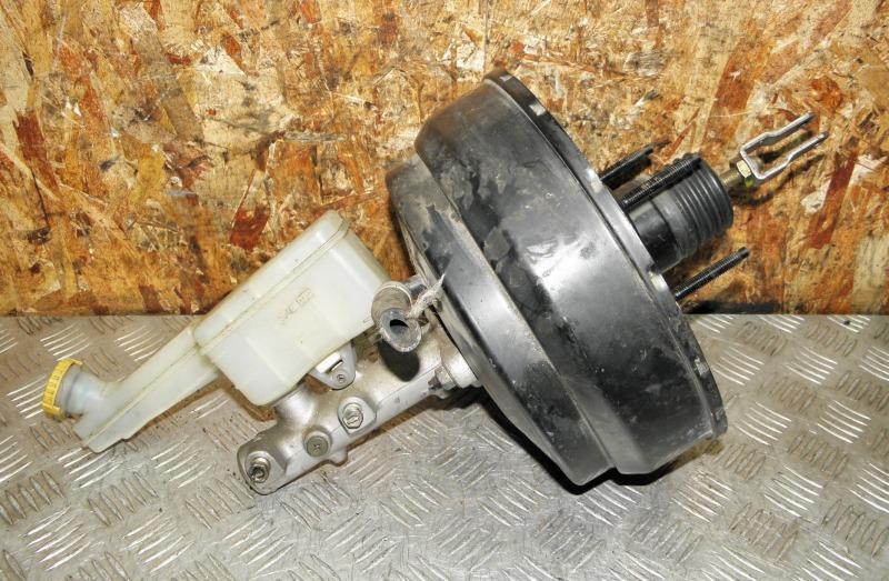 Главный тормозной цилиндр Nissan Serena TC24 QR20DE 2003