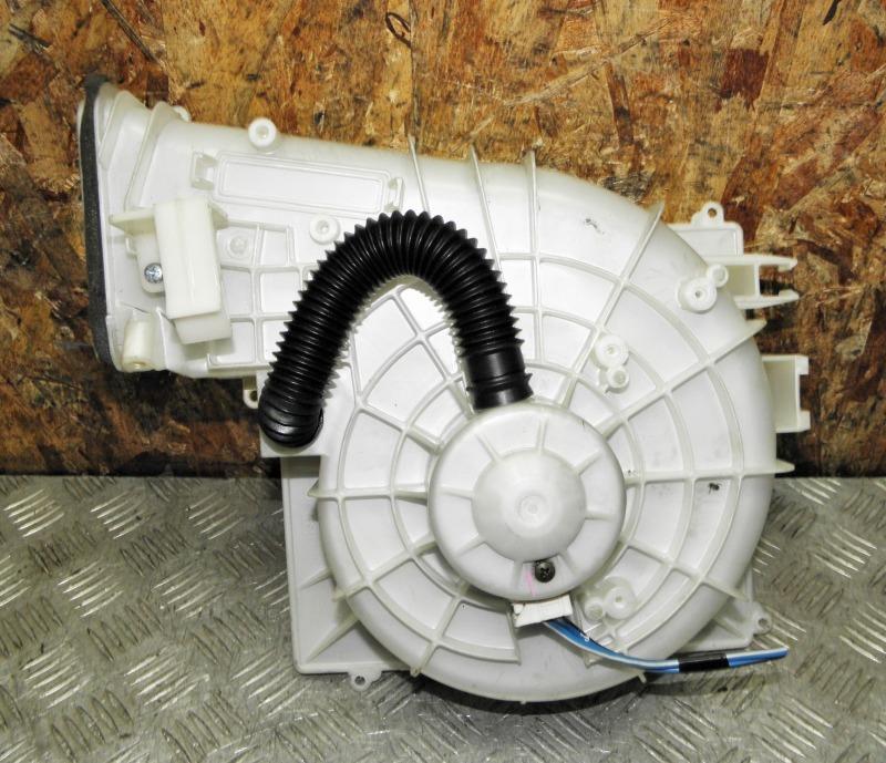 Мотор печки Nissan Primera TP12 QR20DE 2003