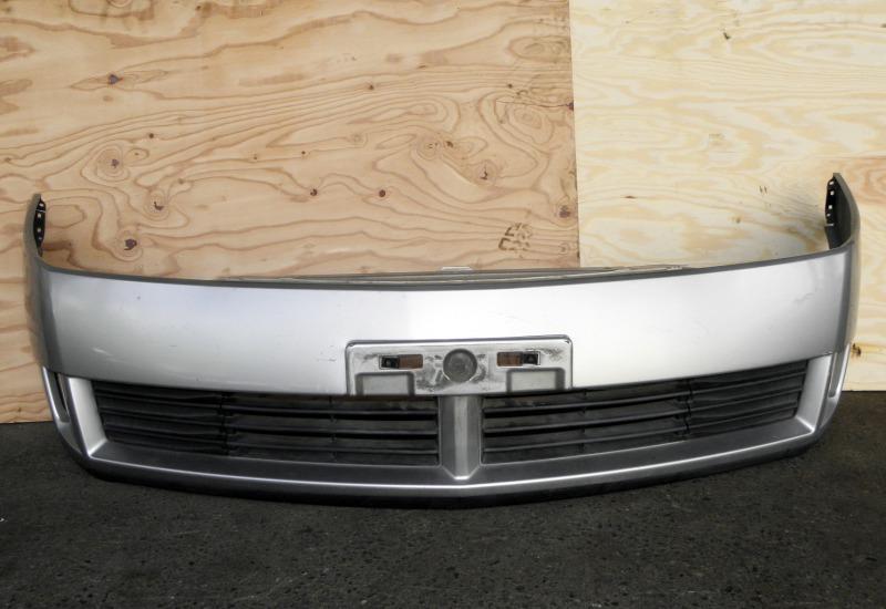 Бампер Nissan Wingroad WFY11 QG15DE 2002 передний