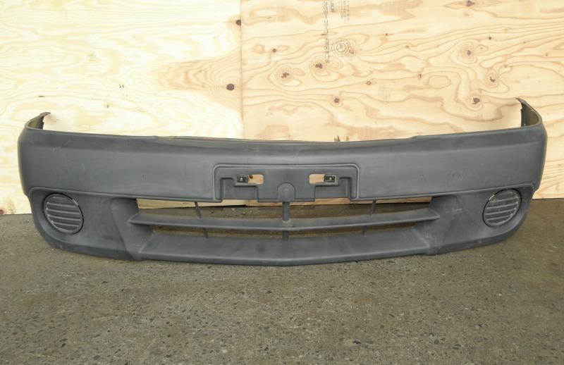 Бампер Nissan Ad VFY11 QG15DE 2005 передний