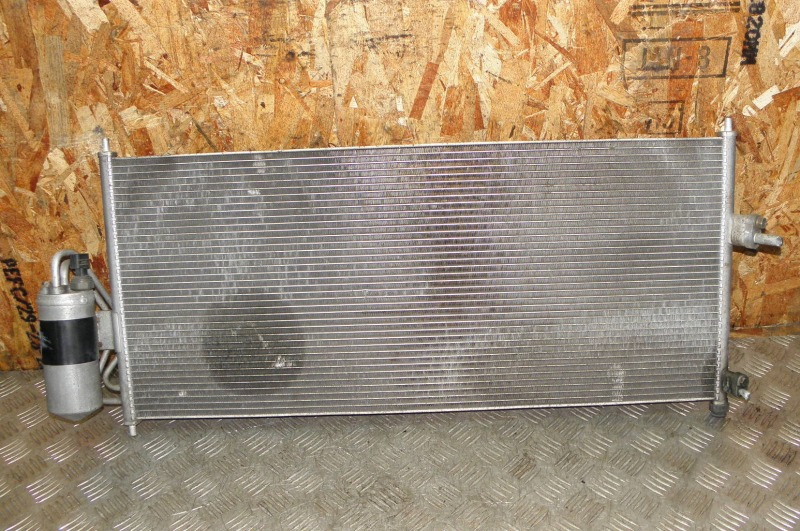 Радиатор кондиционера Nissan Wingroad WFY11 QG15DE 2002