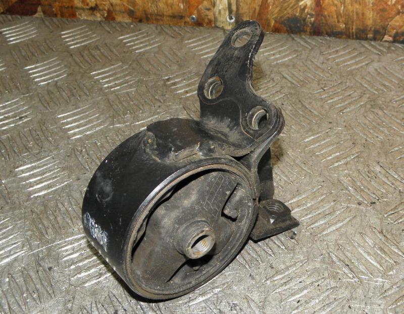 Подушка двигателя Nissan Pulsar FN15 GA15DE 2000 правая