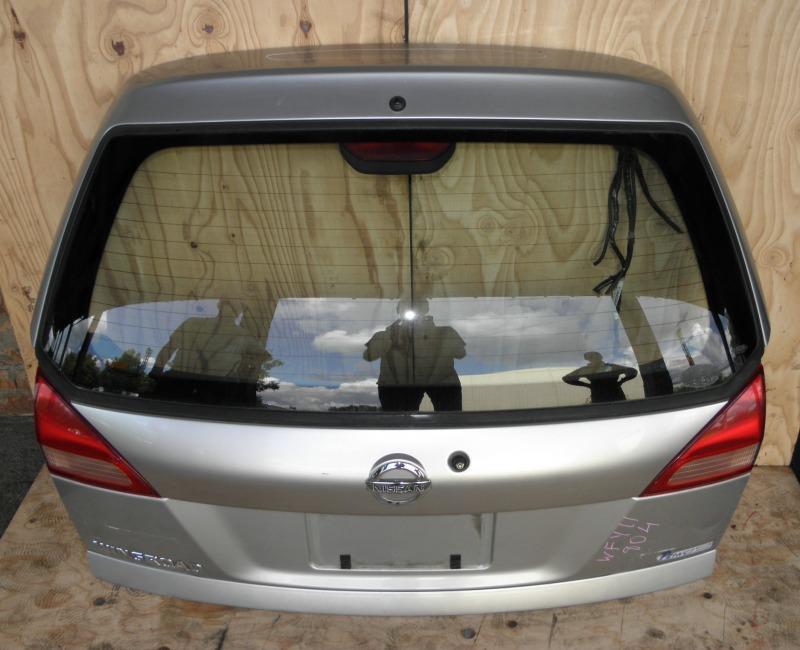 Дверь задняя Nissan Wingroad WFY11 QG15DE 2002
