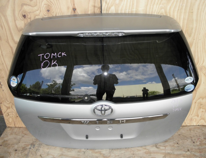 Дверь задняя Toyota Wish ZNE10 1ZZFE 2005