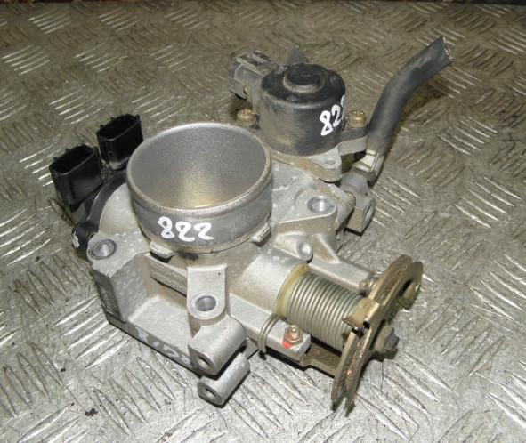Блок дроссельной заслонки Nissan Bluebird Sylphy QNG10 QG18DE 2002