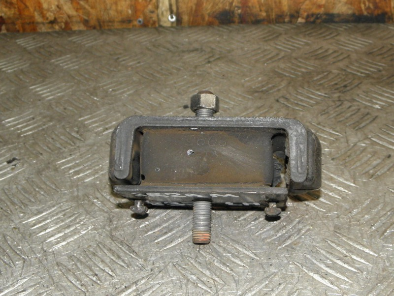 Подушка двигателя Mazda Bongo Brawny SR2AM R2 1995 передняя левая