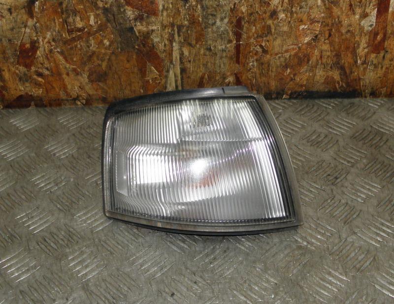 Габарит Mazda Ford Festiva (Demio) DW5W B5 1997 передний правый