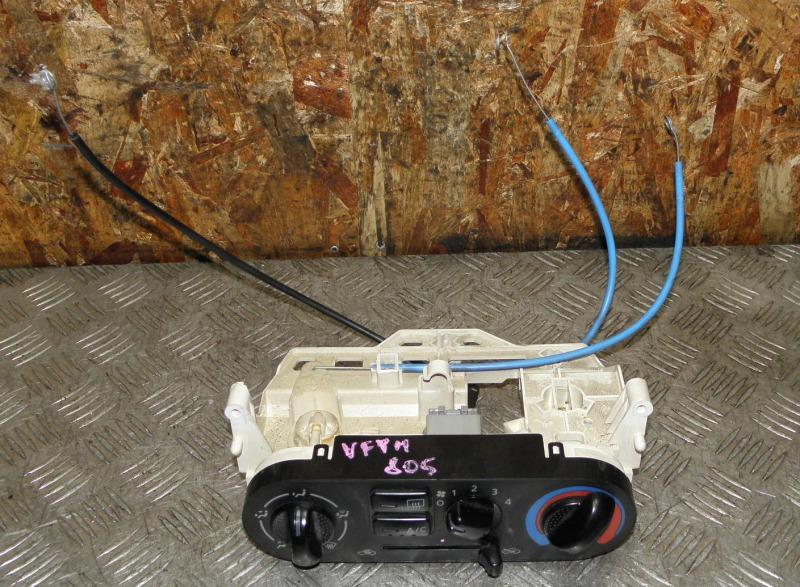 Блок управления климат-контролем Nissan Ad VFY11 QG15DE 2005