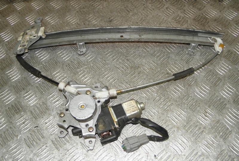 Стеклоподъемник Nissan Cefiro A33 VQ20DE 2000 передний правый