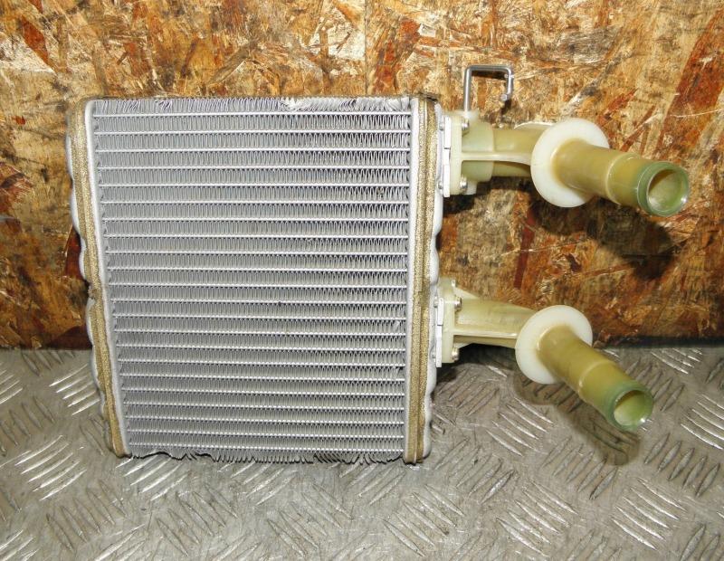 Радиатор печки Nissan Pulsar FN15 GA15DE 2000