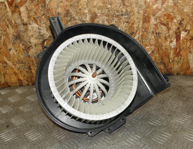Мотор печки Volkswagen Polo CJZC (1.2 2014