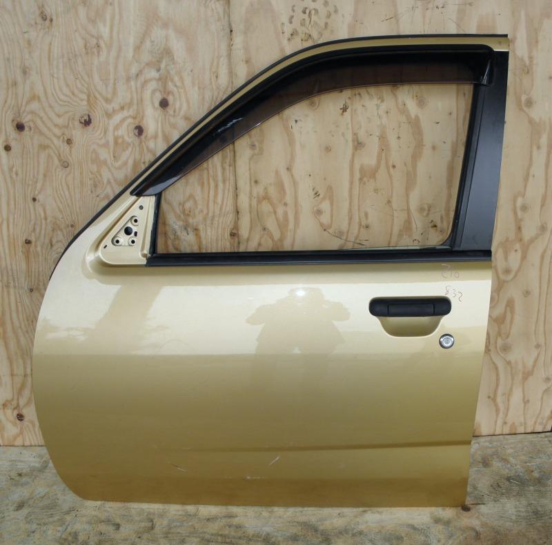 Дверь Nissan Cube Z10 CG13DE 1999 передняя левая