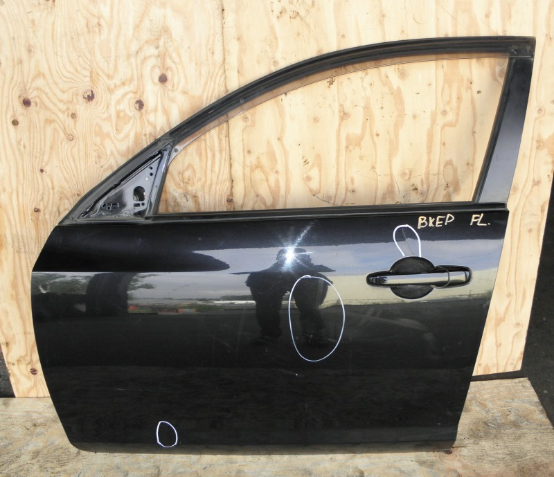 Дверь Mazda Axela BKEP LFDE 2006 передняя левая