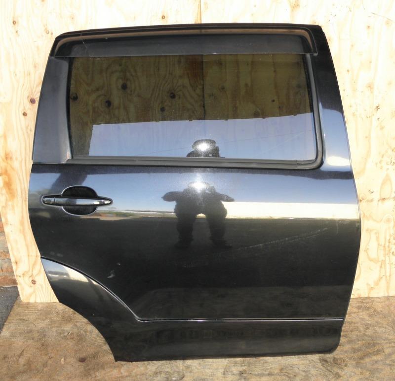 Дверь Toyota Wish ZNE10 1ZZFE задняя правая