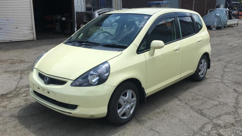 Автомобиль Honda Fit GD1 L13A 2002 года в разбор