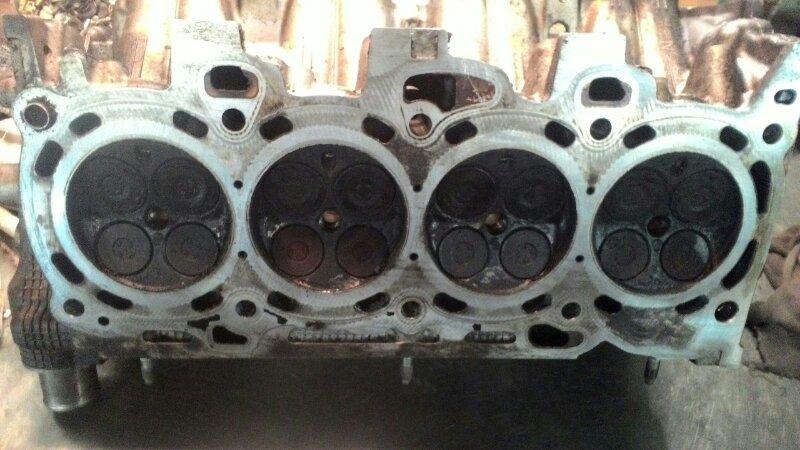 Головка блока цилиндров Toyota Noah AZR60 1AZFSE