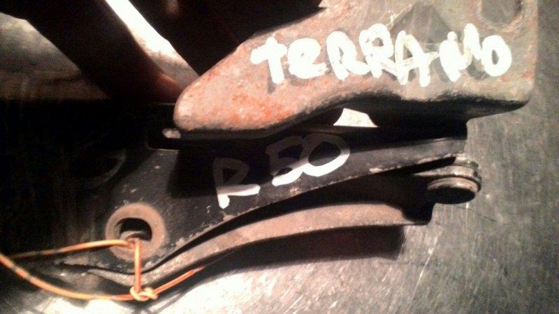 Петли капота Nissan Terrano PR50 TD27ETI