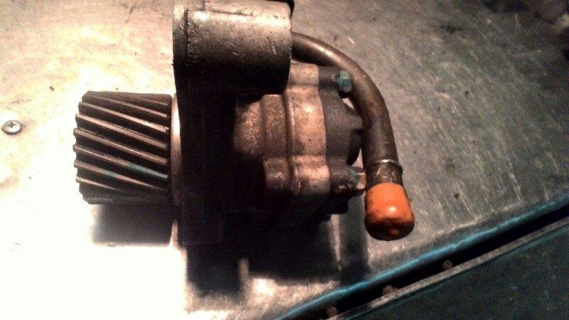Гидроусилитель Mitsubishi Canter 4D33
