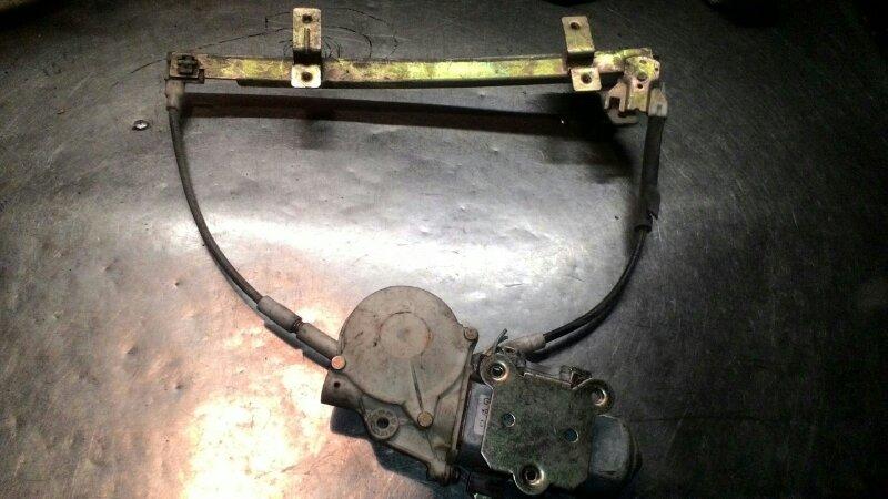 Стеклоподъемный механизм Nissan Terrano Y21 TD 27 передний
