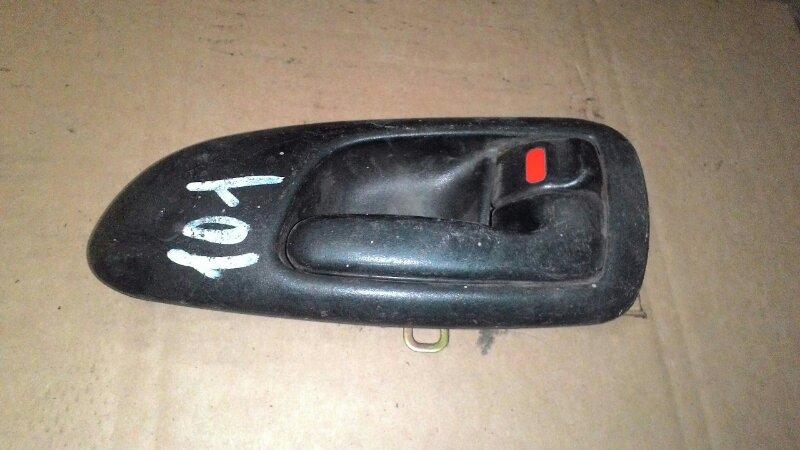 Ручка двери внутренняя Toyota Sprinter Marino AE101 4AFE передняя правая