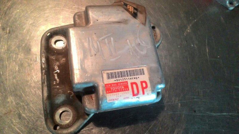 Блок управления airbag Toyota Mark Ii GX 100 1GFE