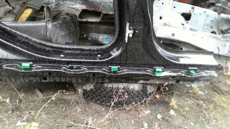 Порог кузовной Bmw 5 Series E60 N52B30 правый