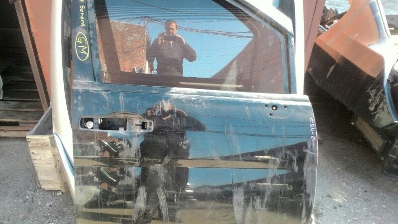 Дверь боковая Nissan Serena VNC24 YD25DDTI передняя правая