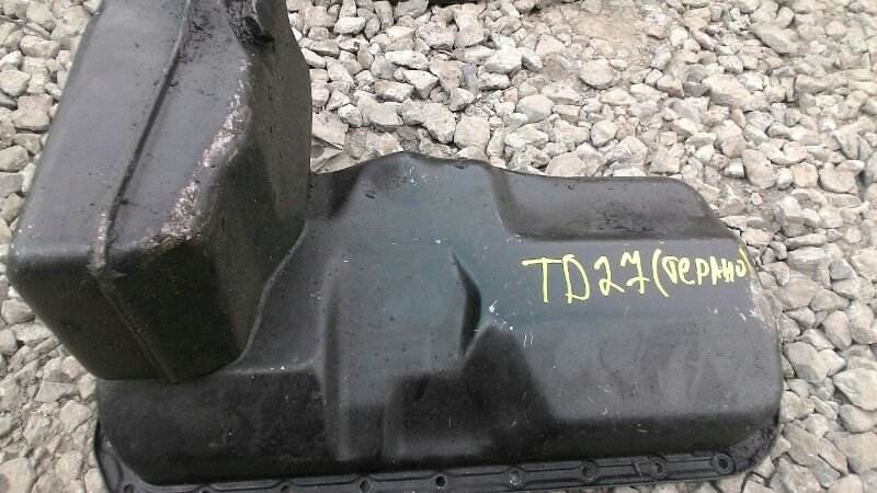 Поддон двигателя Nissan Terrano TD27