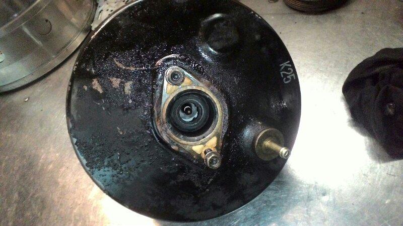 Вакуумный усилитель тормозов Toyota Funcargo NCP20 1NZ-FE