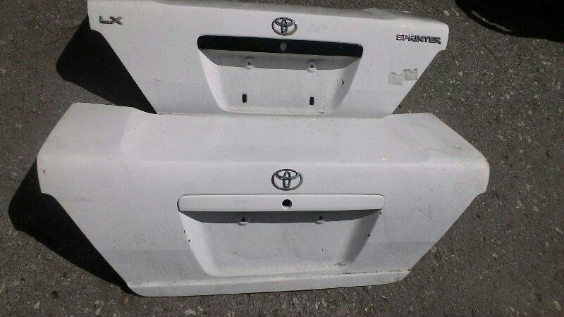 Крышка багажника Toyota Sprinter AE111 5A-FE