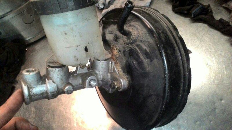 Вакуумный усилитель тормозов Mazda Demio DW3W В3