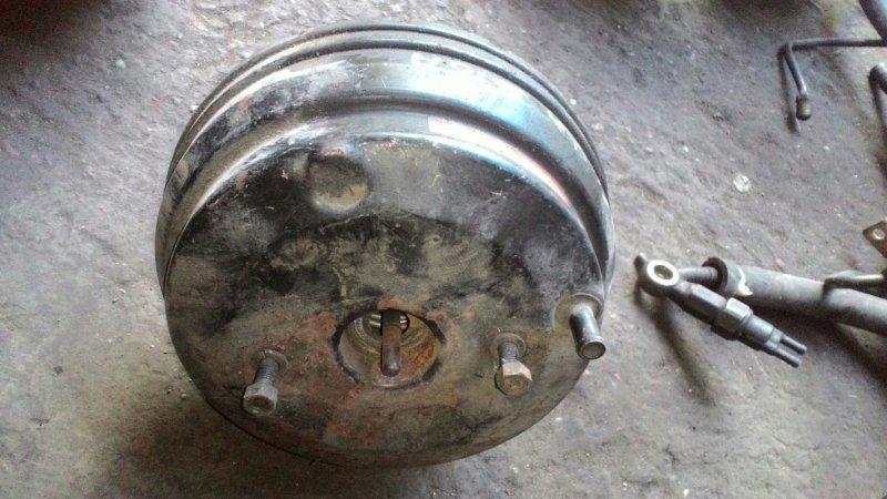 Вакуумный усилитель тормозов Honda Integra DA6 B16A